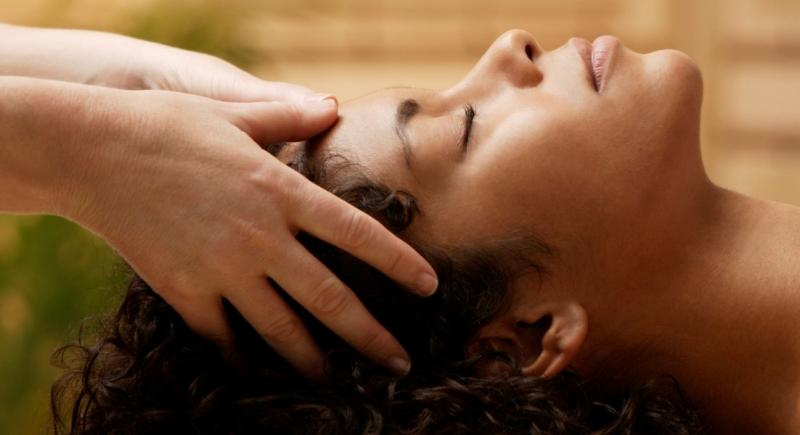 Reiki Healing Black Woman